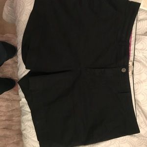 Old navy size 18 black shorts
